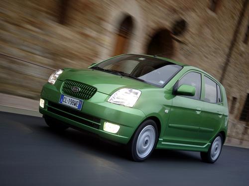 Фото автомобиля Kia Picanto 1 поколение, ракурс: 45 цвет: зеленый