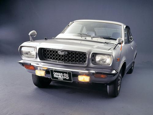 Фото автомобиля Mazda Familia 3 поколение,