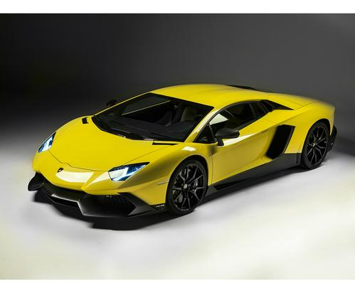 Фото автомобиля Lamborghini Aventador 1 поколение, ракурс: 45 цвет: желтый