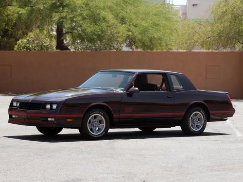 Фото автомобиля Chevrolet Monte Carlo 4 поколение [3-й рестайлинг], ракурс: 45