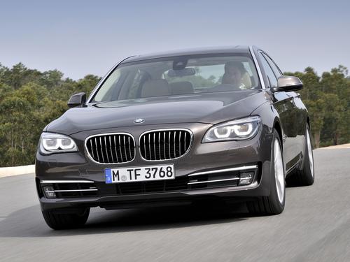 Фото автомобиля BMW 7 серия F01/F02 [рестайлинг], ракурс: 45 цвет: коричневый