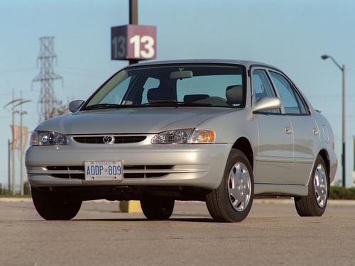 Фото автомобиля Toyota Corolla E110, ракурс: 45