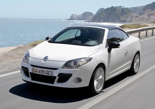 Фото автомобиля Renault Megane 3 поколение, ракурс: 45