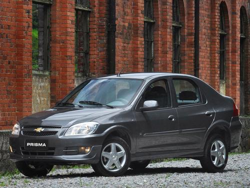 Фото автомобиля Chevrolet Prisma 1 поколение [рестайлинг], ракурс: 45
