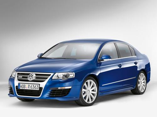 Фото автомобиля Volkswagen Passat B6, ракурс: 45