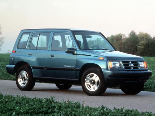 Фото автомобиля Geo Tracker 1 поколение, ракурс: 315