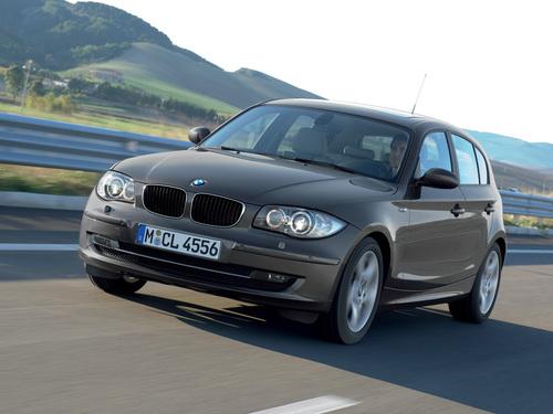 Фото автомобиля BMW 1 серия E81/E82/E87/E88 [рестайлинг], ракурс: 45 цвет: серый