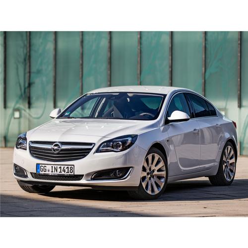 Фото автомобиля Opel Insignia A [рестайлинг], ракурс: 45 цвет: белый