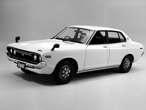 Фото автомобиля Nissan Violet 711 [рестайлинг], ракурс: 45