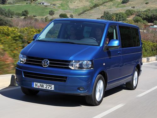 Фото автомобиля Volkswagen Caravelle T5 [рестайлинг], ракурс: 45 цвет: синий