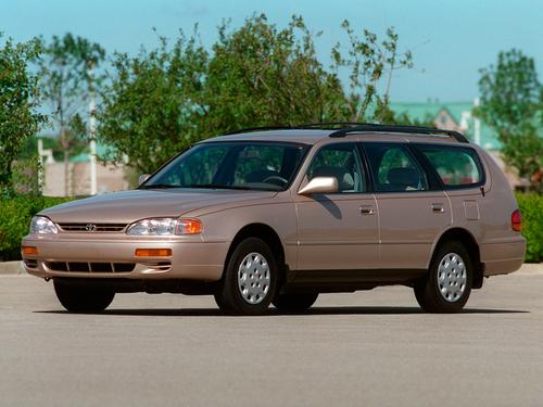 Фото автомобиля Toyota Camry XV10 [рестайлинг], ракурс: 45