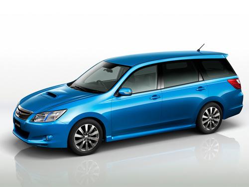 Фото автомобиля Subaru Exiga 1 поколение, ракурс: 45 цвет: синий