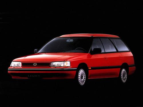 Фото автомобиля Subaru Legacy 1 поколение, ракурс: 45