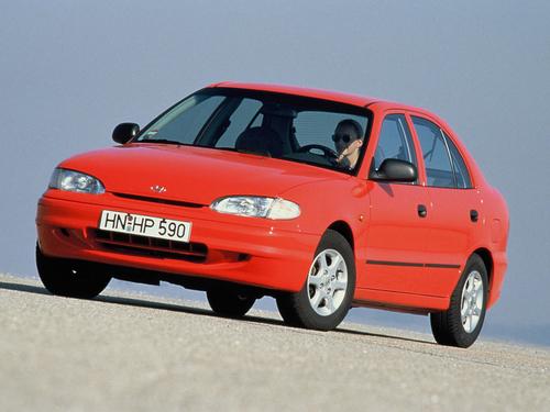 Фото автомобиля Hyundai Accent X3, ракурс: 45