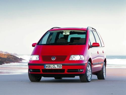 Фото автомобиля Volkswagen Sharan 1 поколение [рестайлинг], ракурс: 45