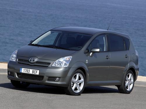Фото автомобиля Toyota Corolla Verso 1 поколение [рестайлинг], ракурс: 45