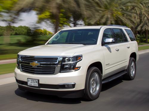 Фото автомобиля Chevrolet Tahoe 4 поколение, ракурс: 45 цвет: белый