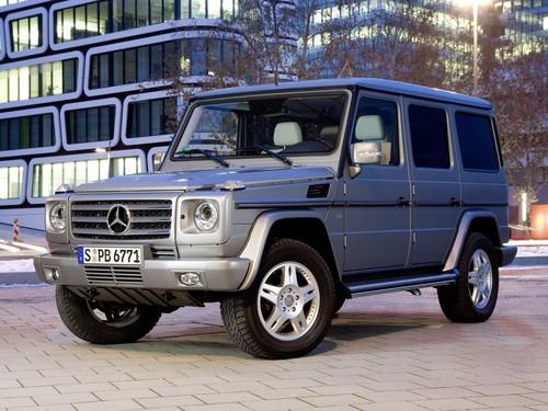 Фото автомобиля Mercedes-Benz G-Класс W463 [рестайлинг], ракурс: 45 цвет: серебряный