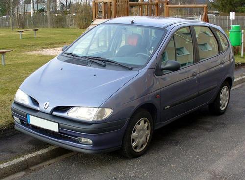 Фото автомобиля Renault Scenic 1 поколение, ракурс: 45