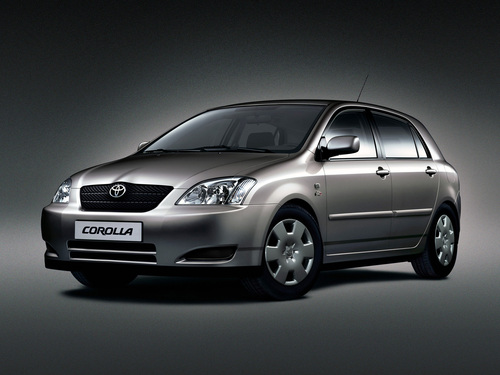 Фото автомобиля Toyota Corolla E120, ракурс: 45