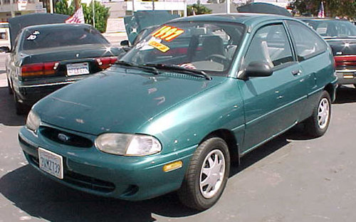 Фото автомобиля Ford Aspire 1 поколение, ракурс: 45