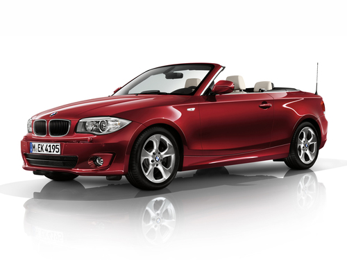 Фото автомобиля BMW 1 серия E82/E88 [2-й рестайлинг], ракурс: 45 цвет: красный