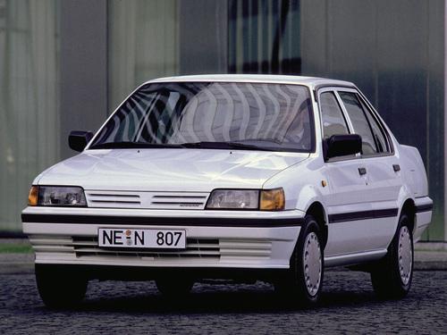 Фото автомобиля Nissan Sunny N13, ракурс: 45