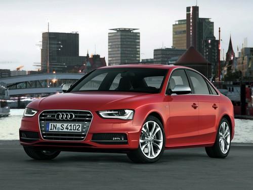 Фото автомобиля Audi S4 B8/8K [рестайлинг], ракурс: 45 цвет: красный