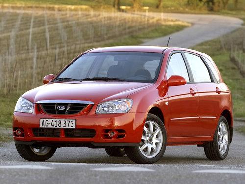 Фото автомобиля Kia Cerato 1 поколение, ракурс: 45
