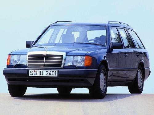 Фото автомобиля Mercedes-Benz E-Класс W124, ракурс: 45
