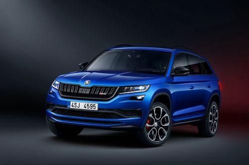 Фото автомобиля Skoda Kodiaq 1 поколение, ракурс: 45 цвет: синий