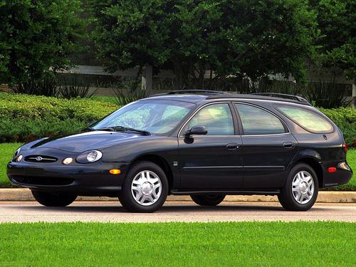 Фото автомобиля Ford Taurus 3 поколение, ракурс: 45