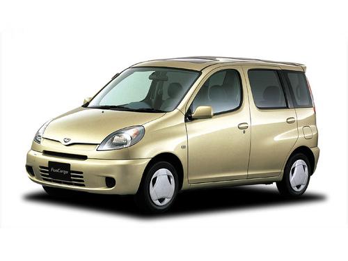 Фото автомобиля Toyota Fun Cargo 1 поколение, ракурс: 45