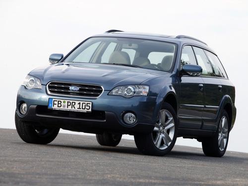 Фото автомобиля Subaru Outback 3 поколение, ракурс: 45