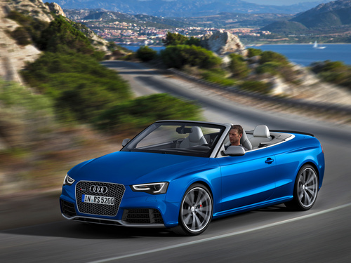 Фото автомобиля Audi RS 5 8T [рестайлинг], ракурс: 45 цвет: голубой