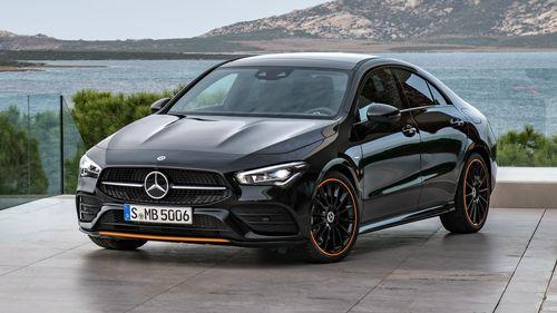 Фото автомобиля Mercedes-Benz CLA-Класс C118, ракурс: 45 цвет: черный