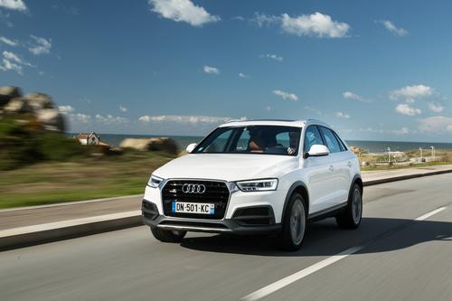 Фото автомобиля Audi Q3 8U [рестайлинг], ракурс: 45 цвет: белый