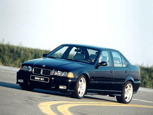 Фото автомобиля BMW M3 E36, ракурс: 45