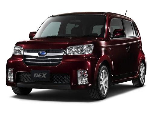 Фото автомобиля Subaru Dex 1 поколение, ракурс: 45 цвет: бордовый