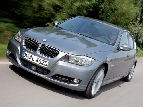 Фото автомобиля BMW 3 серия E90/E91/E92/E93 [рестайлинг], ракурс: 45 цвет: серебряный