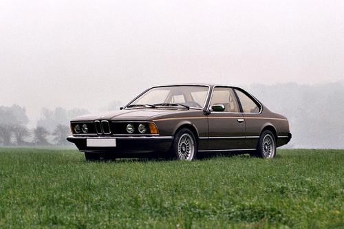 Фото автомобиля BMW 6 серия E24, ракурс: 45