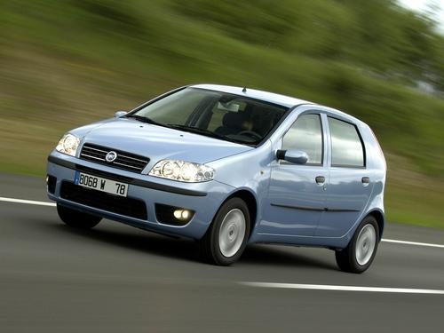 Фото автомобиля Fiat Punto 2 поколение [рестайлинг], ракурс: 45