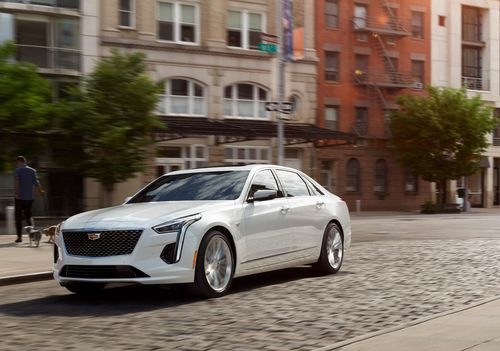 Фото автомобиля Cadillac CT6 2 поколение, ракурс: 45 цвет: белый
