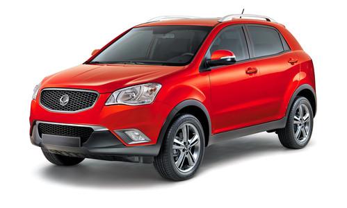 Фото автомобиля SsangYong Actyon 2 поколение, ракурс: 45 цвет: красный