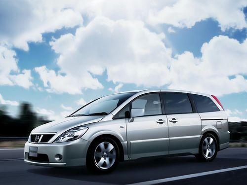 Фото автомобиля Nissan Presage U31, ракурс: 45 цвет: серебряный