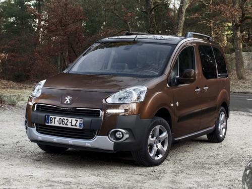 Фото автомобиля Peugeot Partner 2 поколение [рестайлинг], ракурс: 45 цвет: коричневый