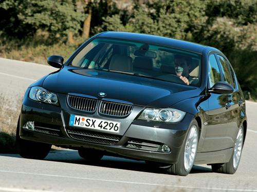 Фото автомобиля BMW 3 серия E90/E91/E92/E93, ракурс: 45 цвет: серый