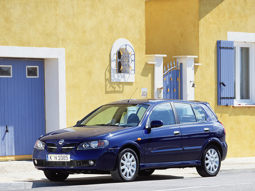 Фото автомобиля Nissan Almera N16 [рестайлинг], ракурс: 45 цвет: синий