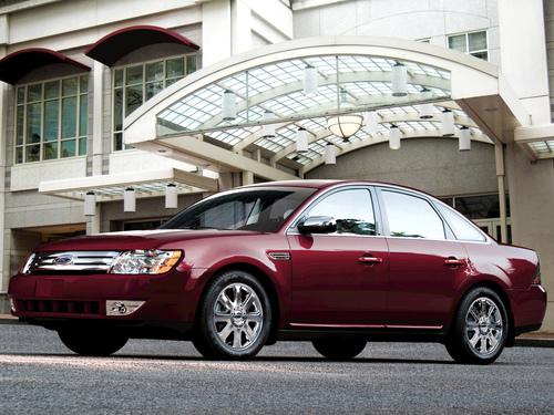 Фото автомобиля Ford Taurus 5 поколение, ракурс: 45