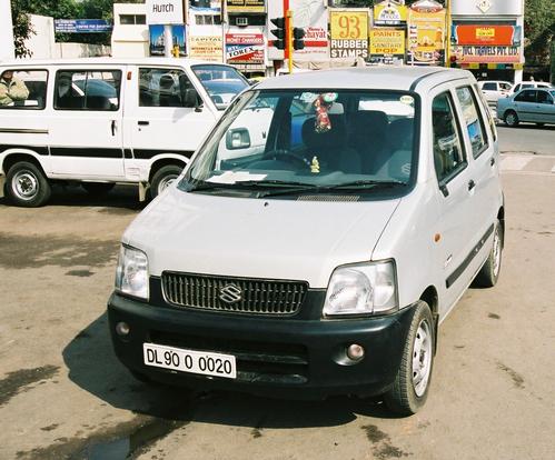 Фото автомобиля Maruti Wagon R 1 поколение, ракурс: 45